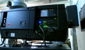 Proiettore Barco DP2K-15C